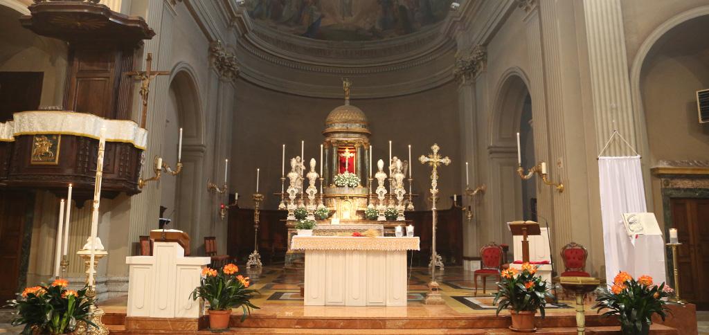interno-chiesa-Santa-Pasqua_1.jpg